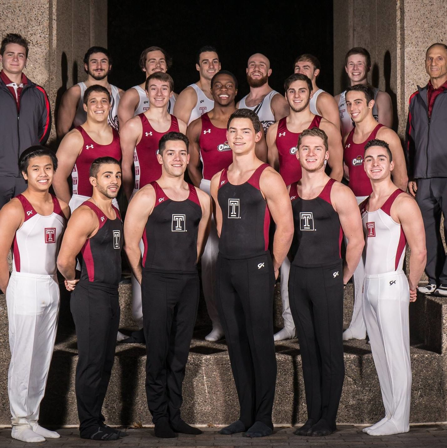 Temple University Men's Elite Gymnastics Club team photo 2015-16
