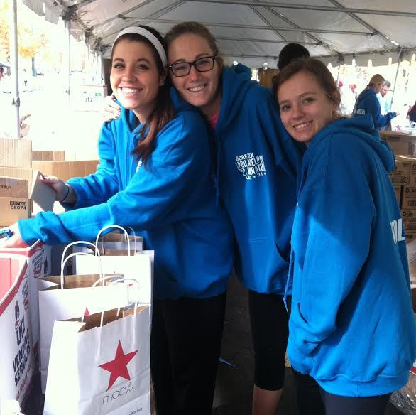 Women's Volleyball Volunteering at Philadelphia Marathon